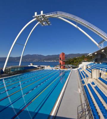 Over 50 destinationer til svømmelejre